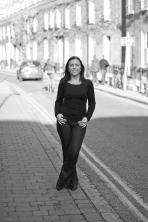Angela_Rowland-November_2011-BW-9