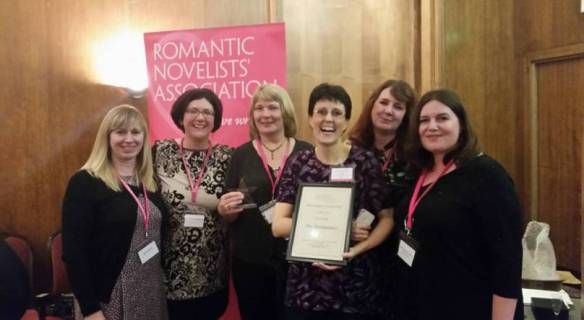 Award-winning Romaniacs! Sue, Catherine, jan, Laura, Debbie & Vanessa, with Celia & Lucie holding the fort back at Romaniac HQ, but with us in spirit.